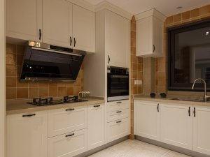 简约风格厨房实木橱柜效果图 多层实木橱柜图片