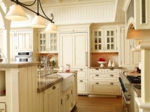 美式风格大户型厨房装修效果图 白色岛型橱柜图片