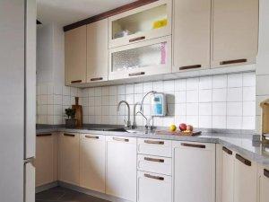 简约北欧风格厨房装修效果图 整体创意橱柜设计图