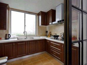 现代美式风格家装厨房装修效果图 棕色橱柜图片大全