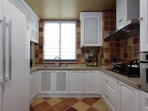 现代田园风厨房装修效果图 白色整体橱柜设计大全