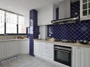 典雅美式风格厨房装修效果图 白色整体橱柜图片大全