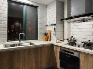 工业风厨房装修效果图大全 原木色整体橱柜设计图