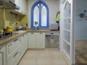 地中海风格家装厨房效果图 白色整体橱柜图片大全