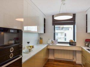 新时代北欧风厨房装修效果图 双色烤漆橱柜设计图