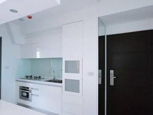 白色开放式厨房装修效果图 小户型橱柜设计图