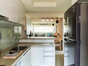 开放式小厨房装修效果图 烤漆橱柜设计图大全