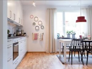 小公寓开放式厨房装修效果图 白色实用型橱柜图片