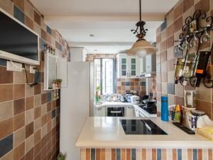 田园风厨房装修效果图 白色橱柜图片