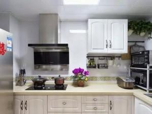 美式厨房装修效果图 白色橱柜效果图