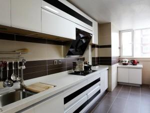 白色橱柜效果图 大厨房设计图片大全