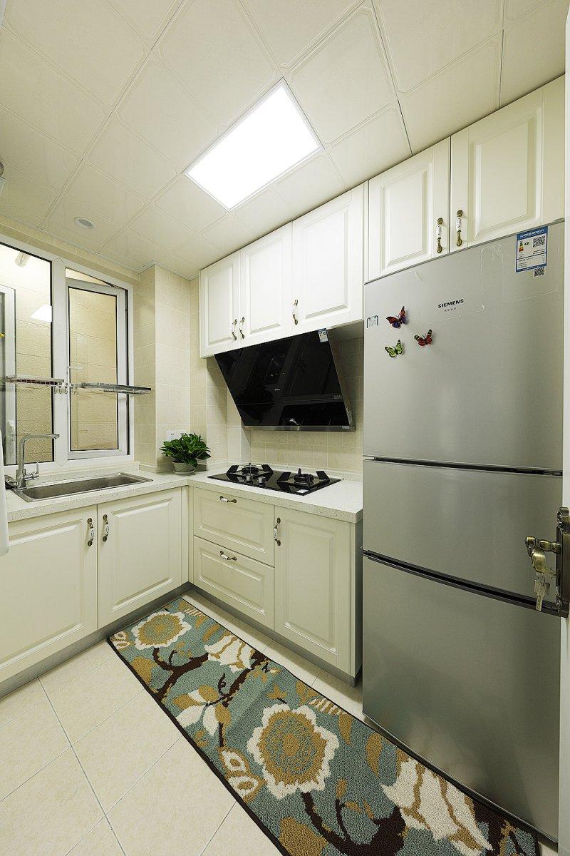 白色橱柜效果图 简美风格厨房厨柜图片