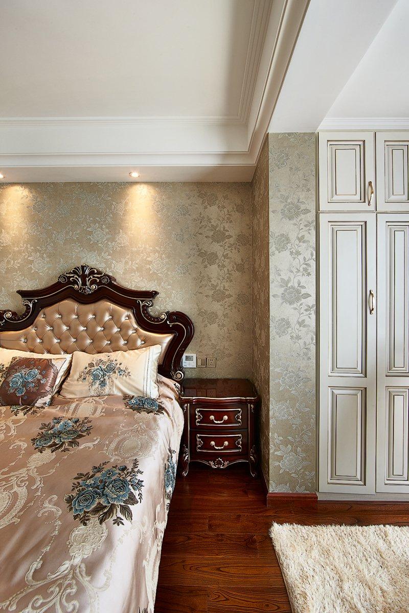 欧式豪华橱柜效果图 实木橱柜门图片