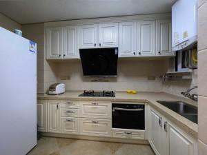 美式厨房厨柜图片 白色整体橱柜效果图