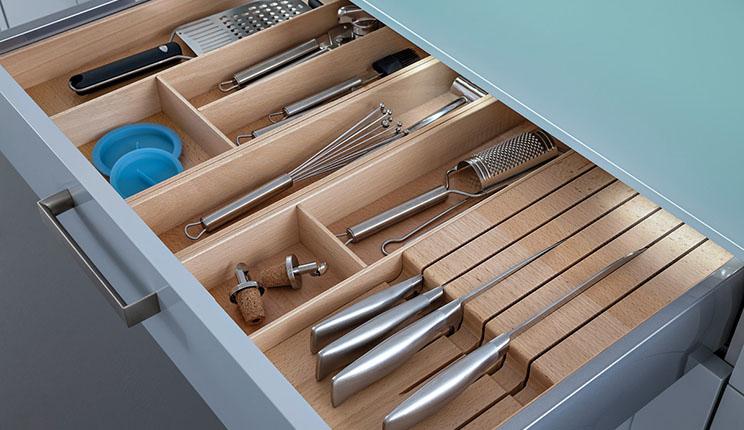 百丽橱柜效果图 灰色橱柜设计图 阿维尼翁系列