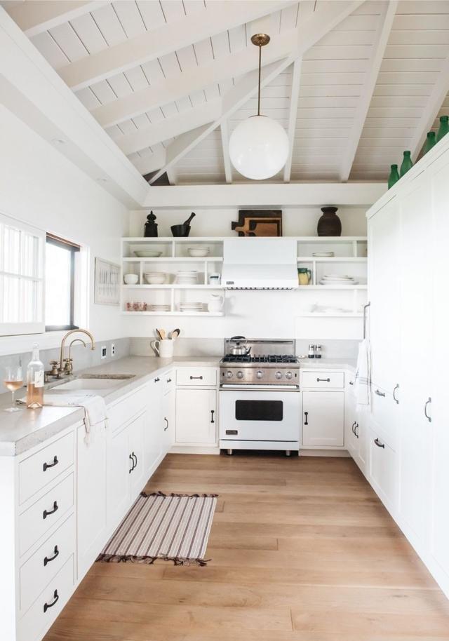 多種風格櫥柜效果圖 白色實木櫥柜門圖片