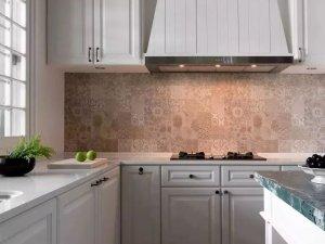 美式厨房装修效果图 白色橱柜设计图