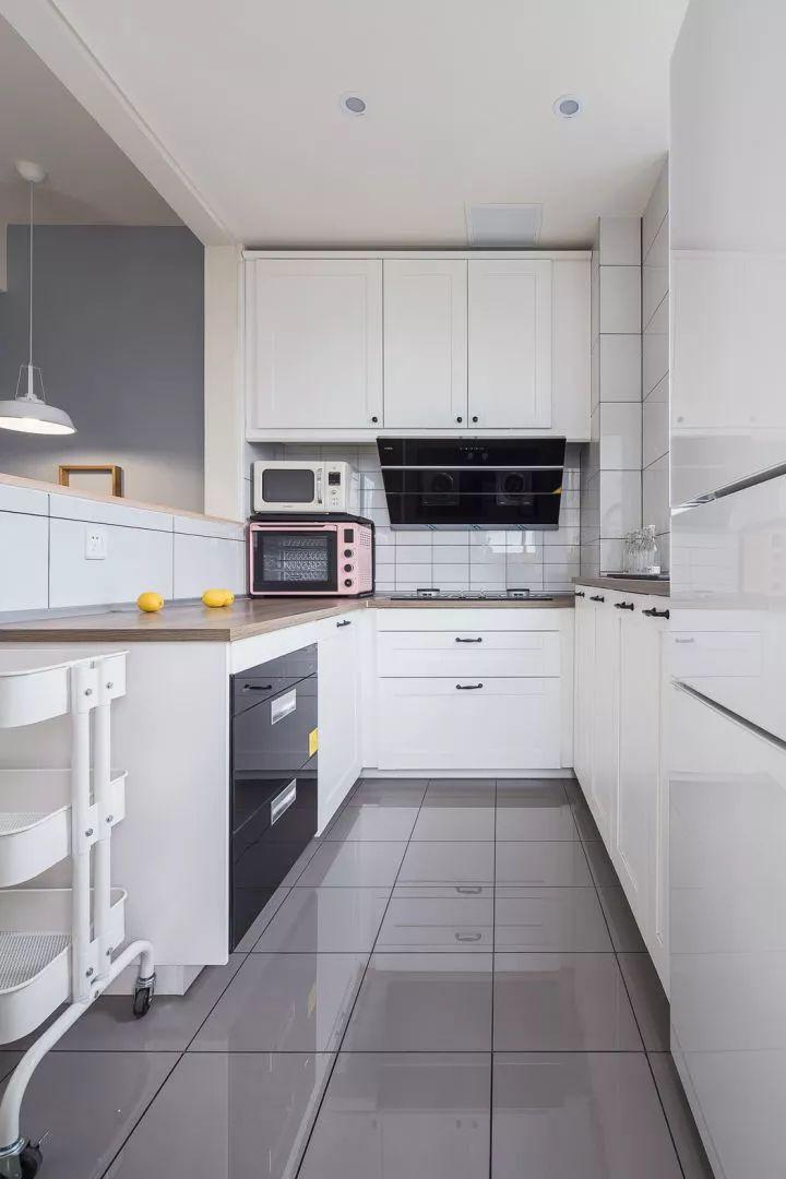 半开放式橱柜效果图 白色厨柜图片大全